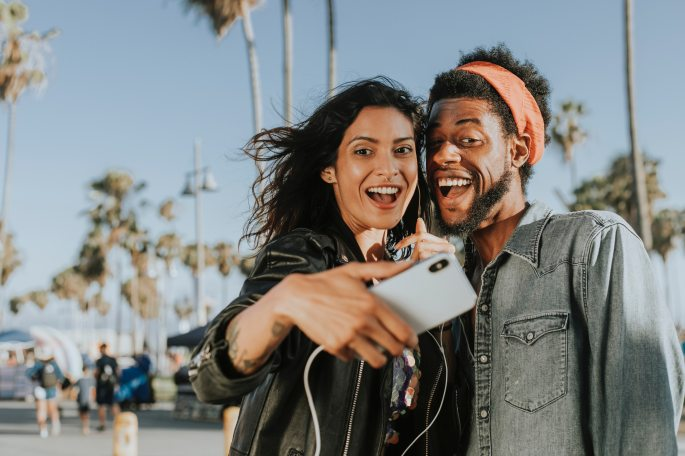 capturing-cheerful-couple-1371176