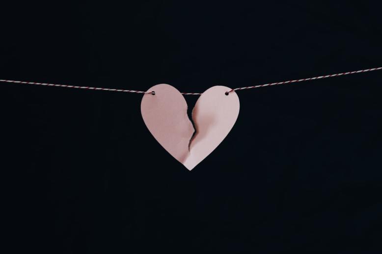 broken heart string